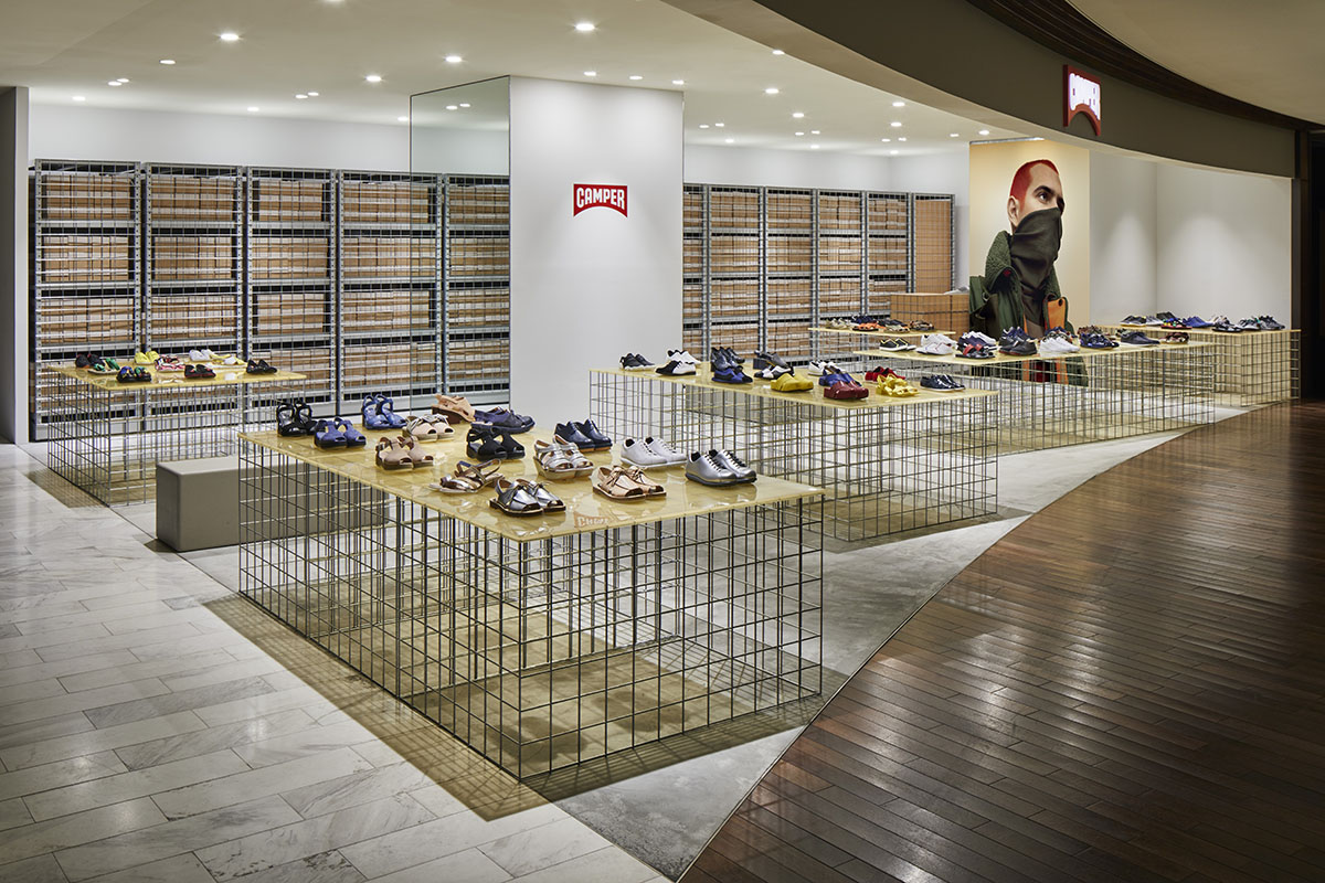 Interior use of metal - retail project