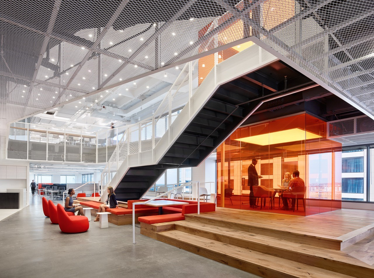 Metal ceiling - metal mesh - GLG office, Texas