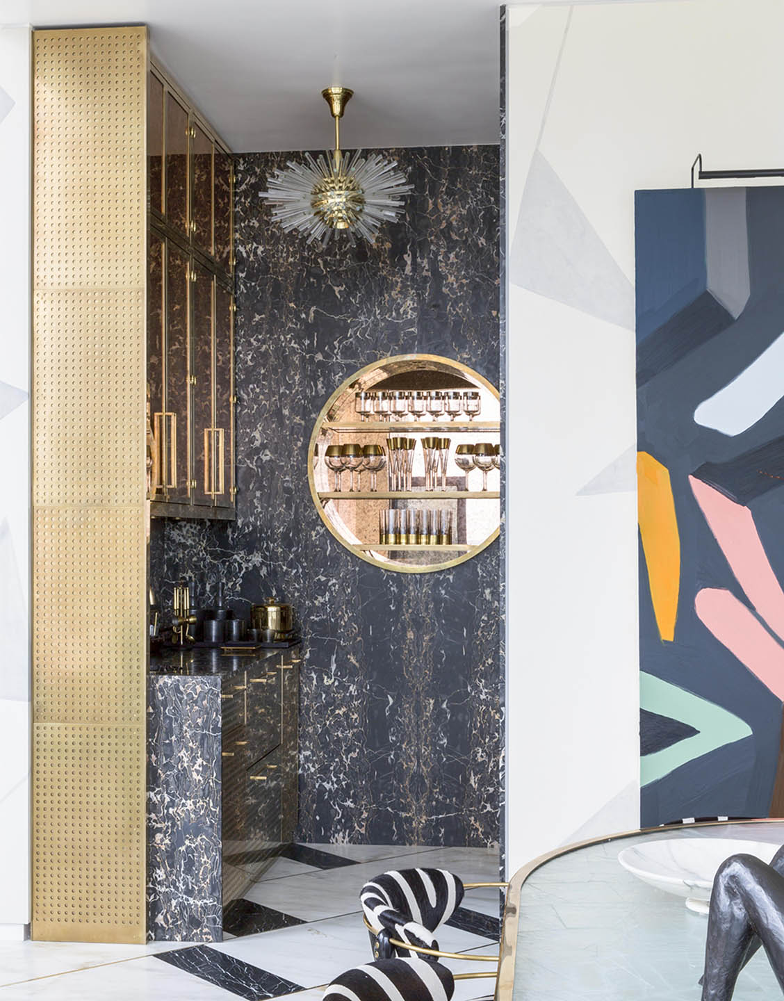 Interior Trends 2019 Glitz Glam Amp Black Is Back Arrow