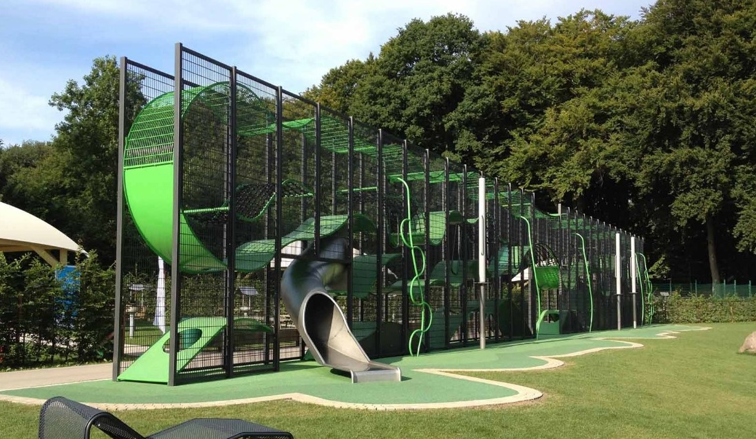 Metal Playgrounds - Lappset playground concept
